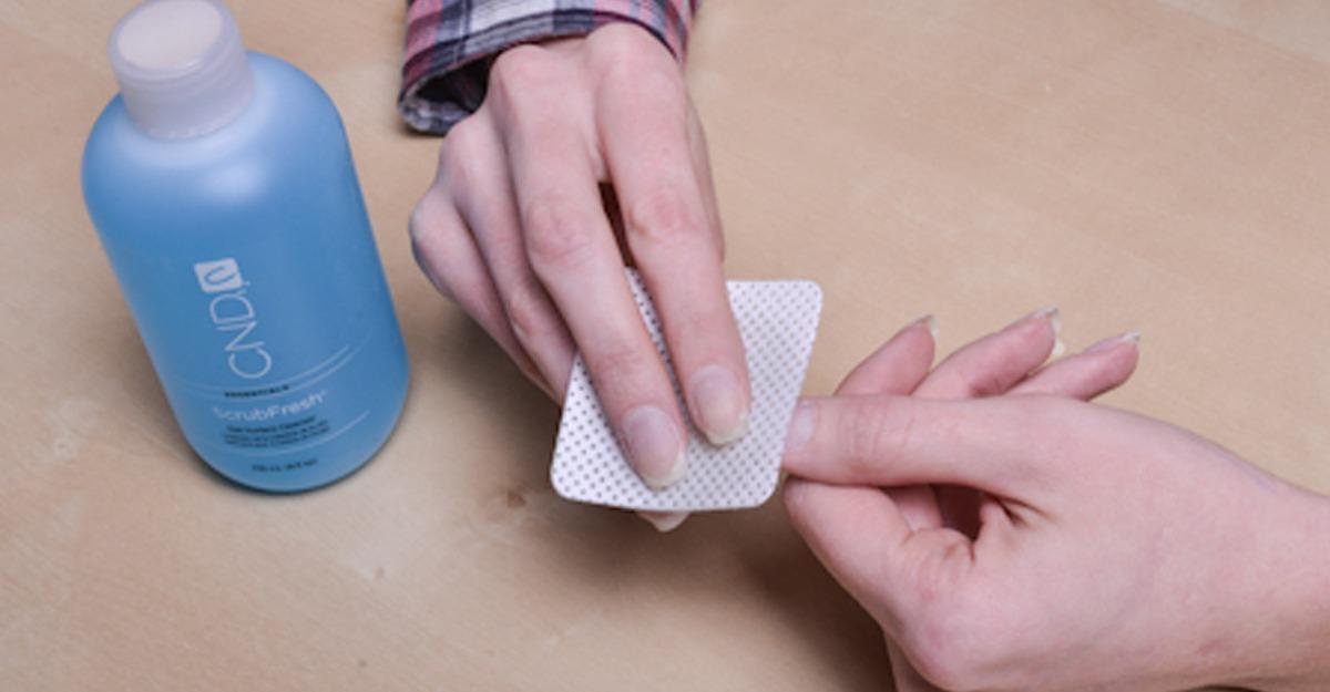 Чем снимают липкий слой шеллак в домашних  130